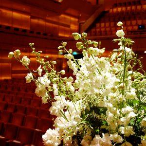Bloemen en events | Podiumdecoratie Muziektheater