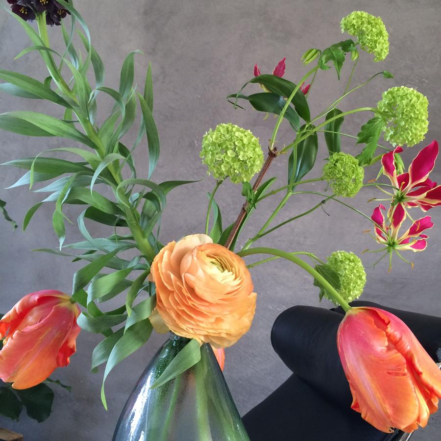 Bloemen in je huis | Tulpen en gloriosa - Bloemen in je huis