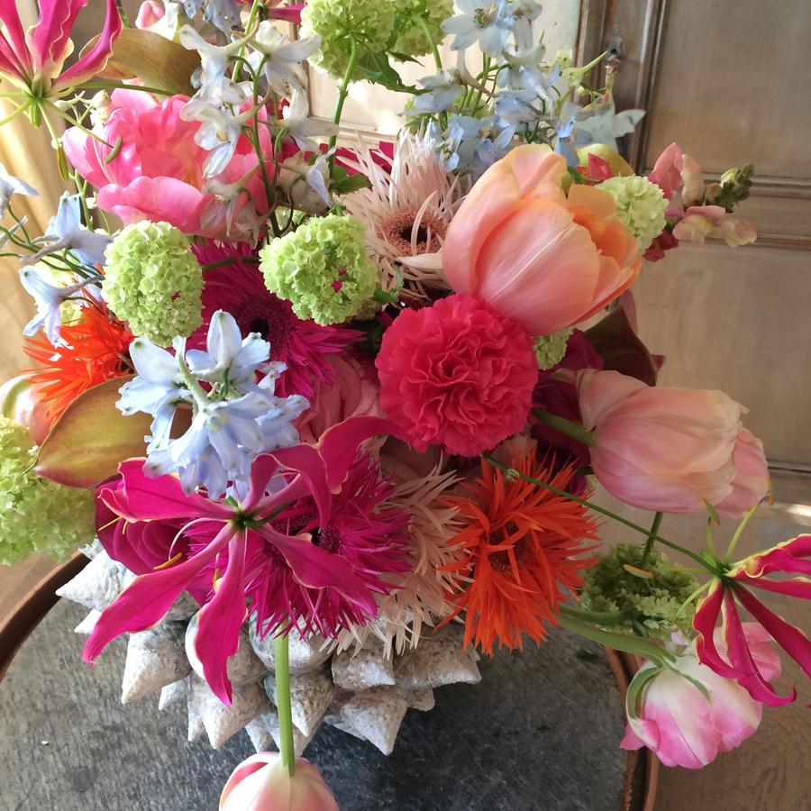 Bloemen in je huis | Schelpenvaas met gemengd boeket